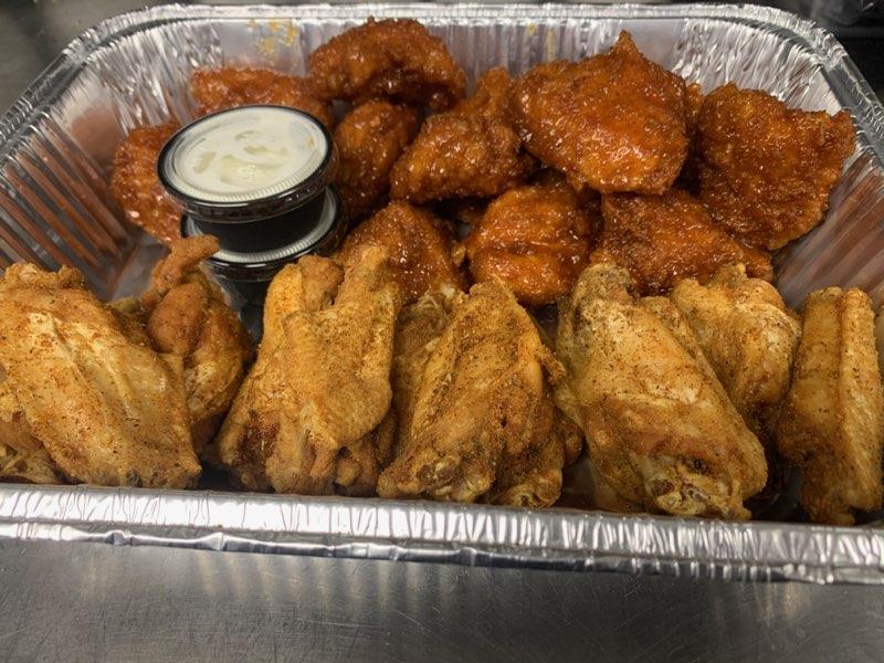 12 Boneless & 12 Bone-In Chicken Wings